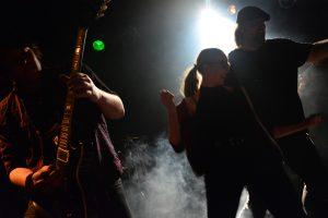 Die Hardrock-Band Full Pitch live bei ROck in der Region 2017 im Westwerk Osnabrück