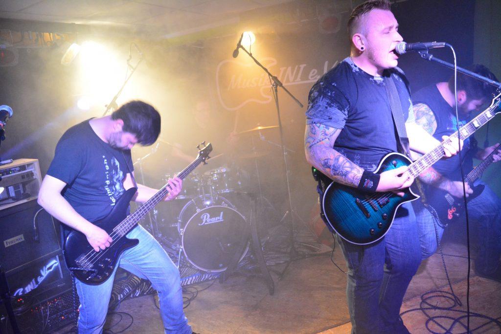 Die Melodic Hardcore Band Project Midnight live beim Rock in der Region Vorentscheid 2017 in Bad Essen