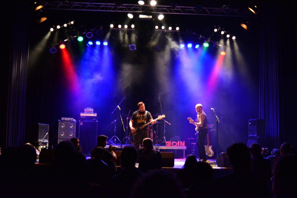 Die Garage Rock-Band Moin live beim Rock in der Region-Finale 2017 im Haus der Jugend Osnabrück