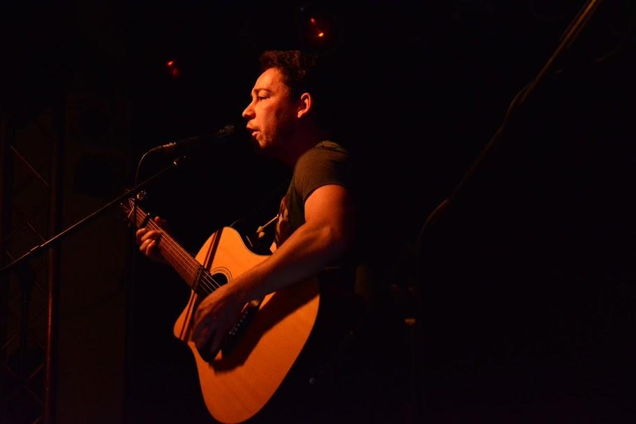 Sänger, Ballade, Rock in der Region, Westwerk, live und acoustisch, Akustikgitarre, The Travelling Stone, TTS